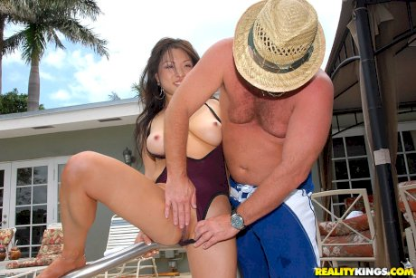 Asian MILF Alexia sucks a fat tourist's morning glory beside the pool
