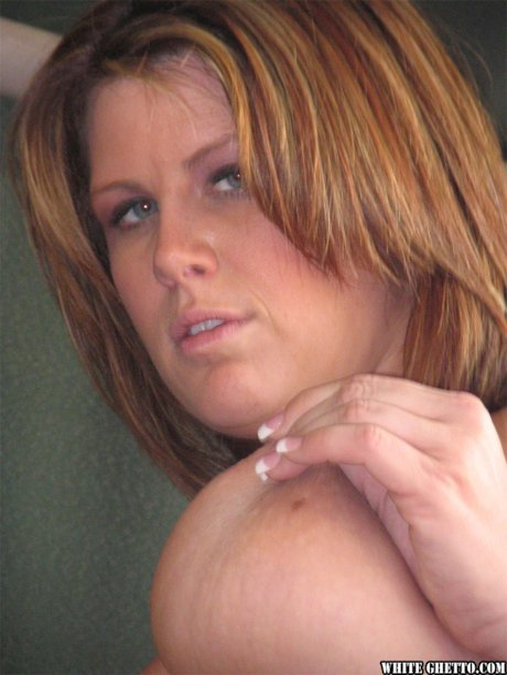 American MILF Lisa Sparxxx enjoys every inch of hard cock inside shaved vagina