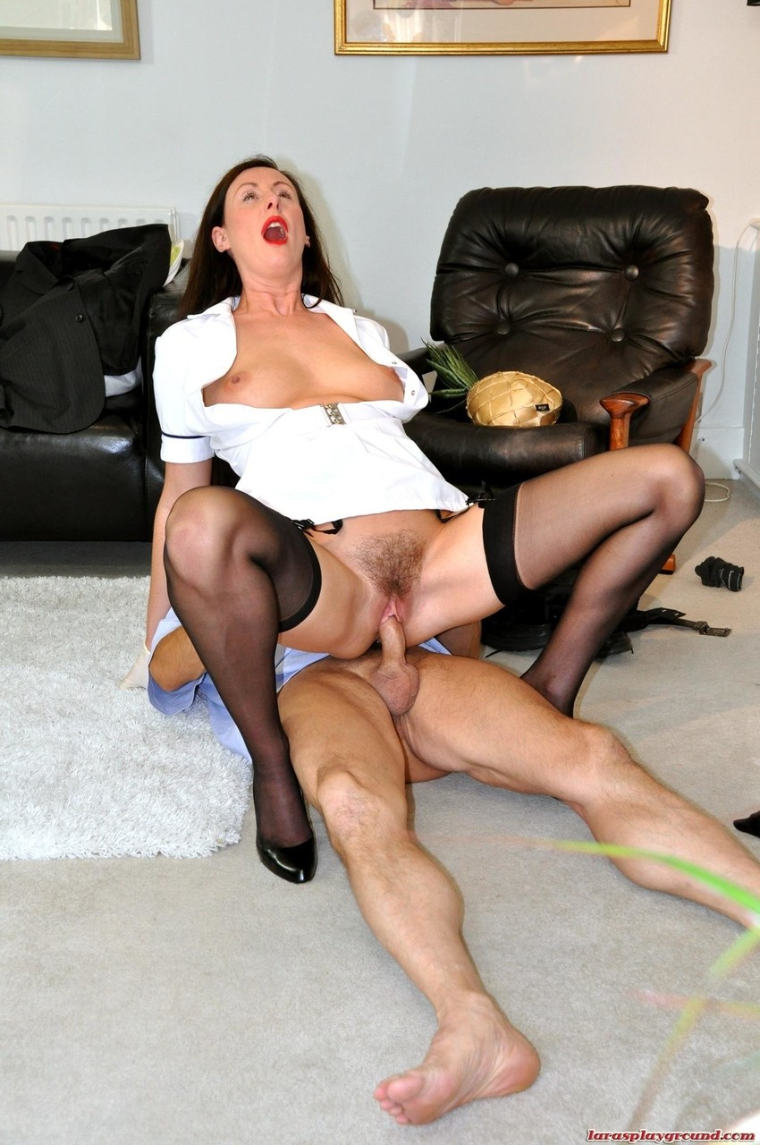Matures And Milfs Sexy Heels Sex Pictures