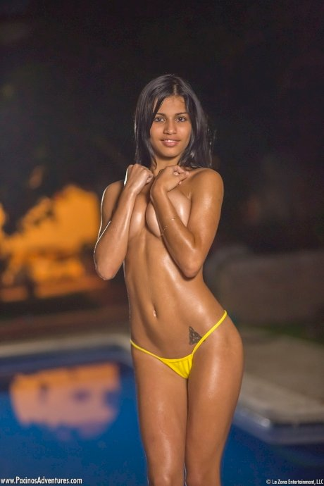 Latina amateur Denise Gomez removes bikini top to pose in just a thong