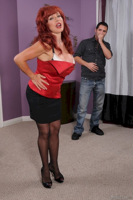 Redhead mature mom Sexy Vanessa couch fucked & blasted with cum on big tits