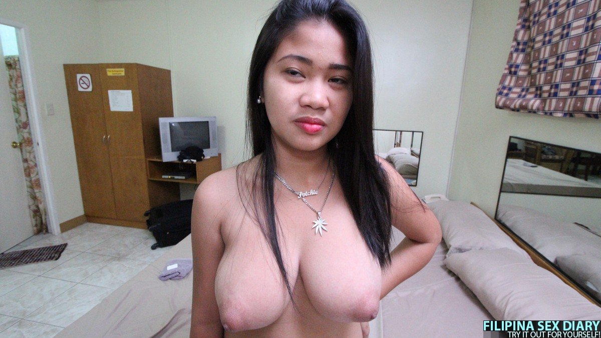 Nude photos of college pinay with big boobs