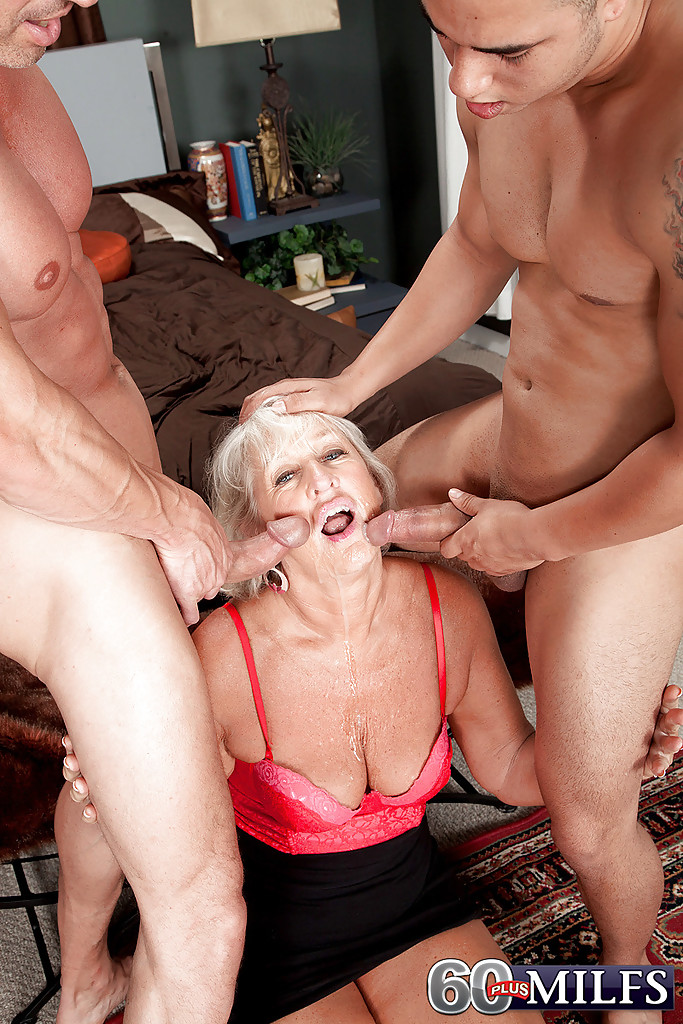 Cock starved mature porn pics