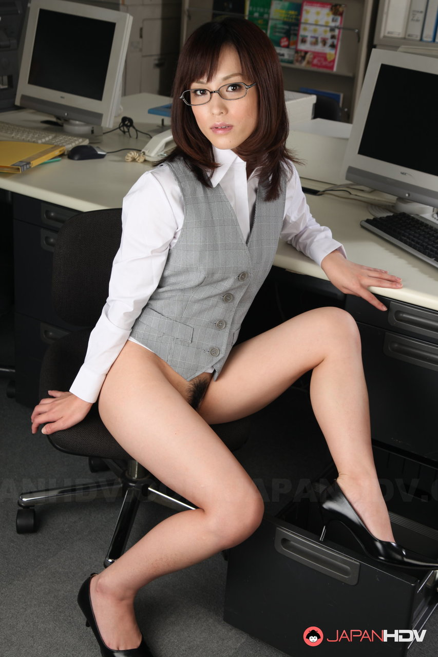 Solo Sexy Naked Office Girls