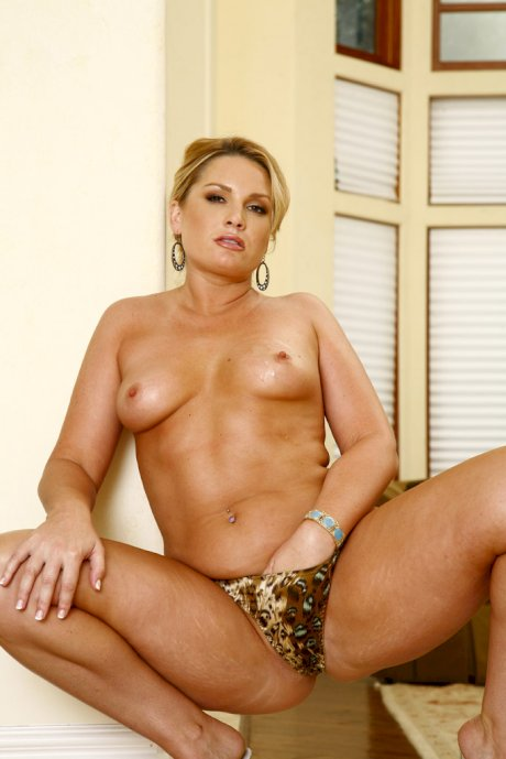 New Sensations Flower Tucci, Shane Diesel